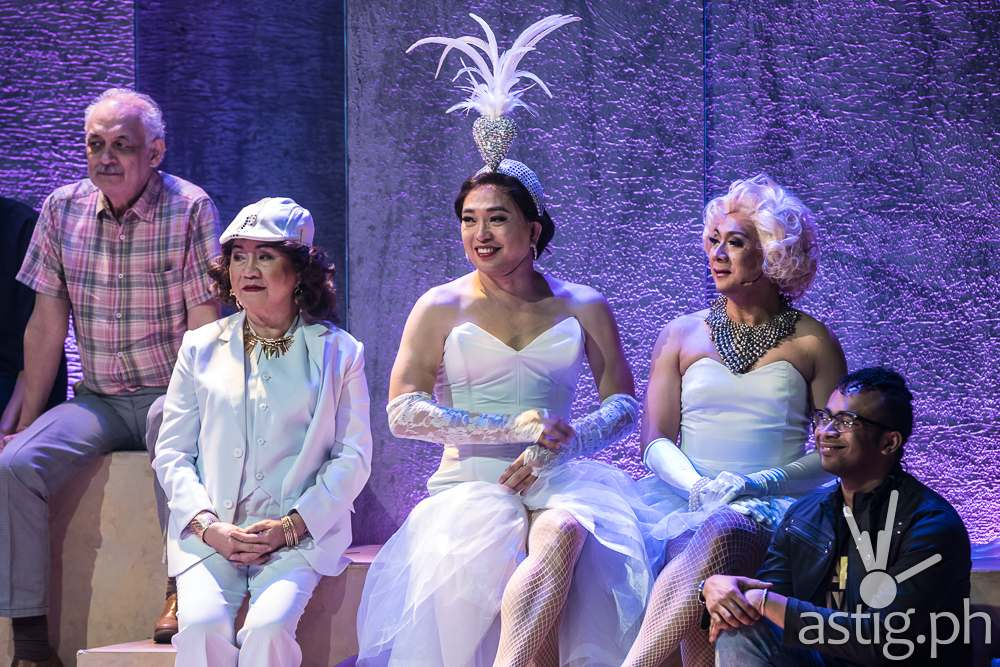 Care Divas by PETA Theater (photo: Raffy Yllana)