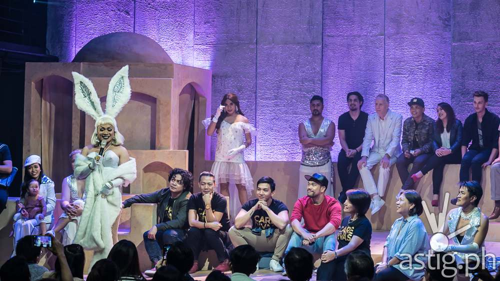 Joining the cast as new Divas are Red Concepcion, Ron Alfonso, Gio Gahol, Jason Barcial, and Thou Reyes (photo: Raffy Yllana)
