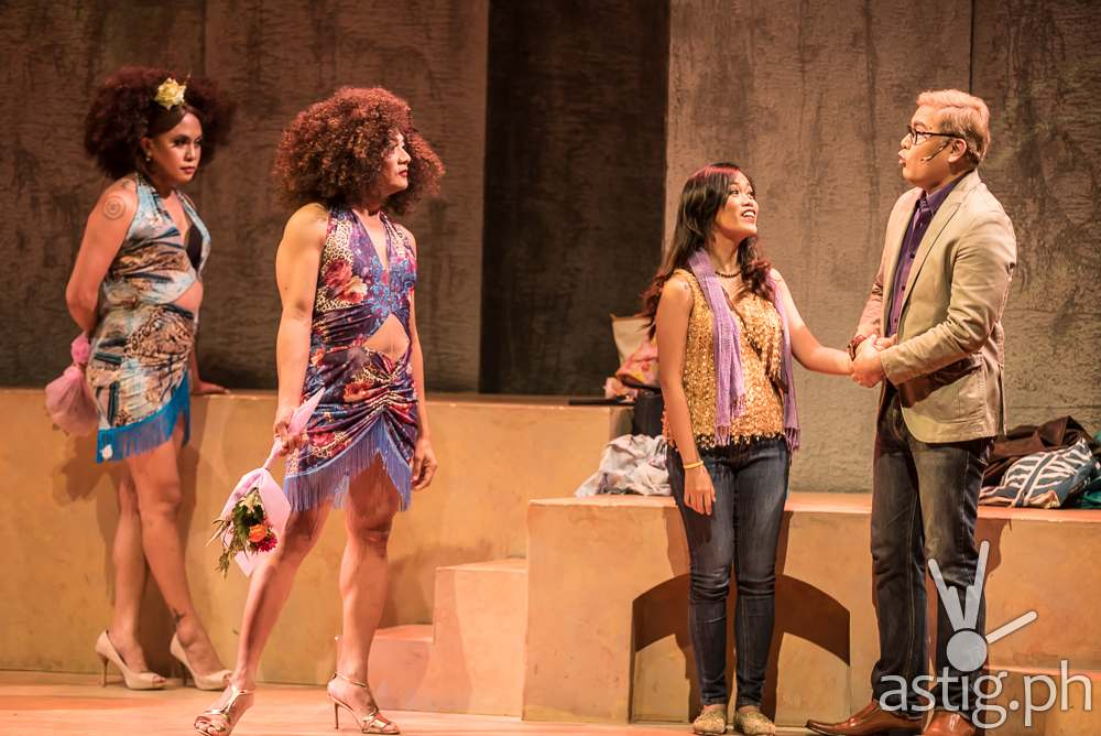 Care Divas by PETA Theater (photo: Yllana Rafael)