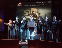 Asus ROG  unleashed the new GX800 gaming laptop.