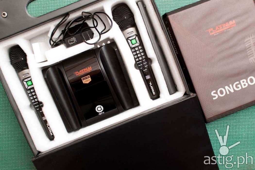 Platinum Alpha carrying case - interior