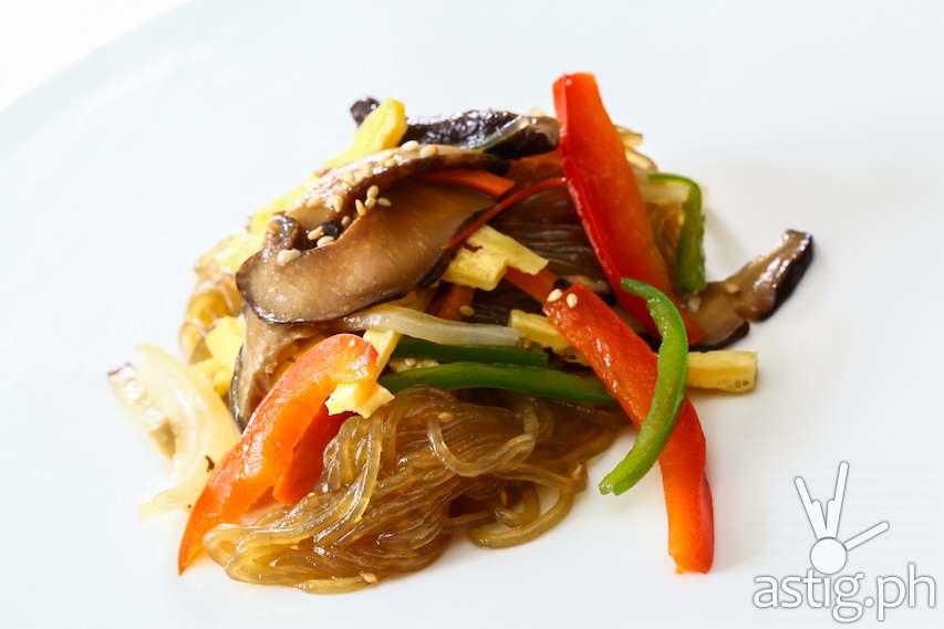 Sogogi Japche – vermicelli noodles mixed with beef and vegetables