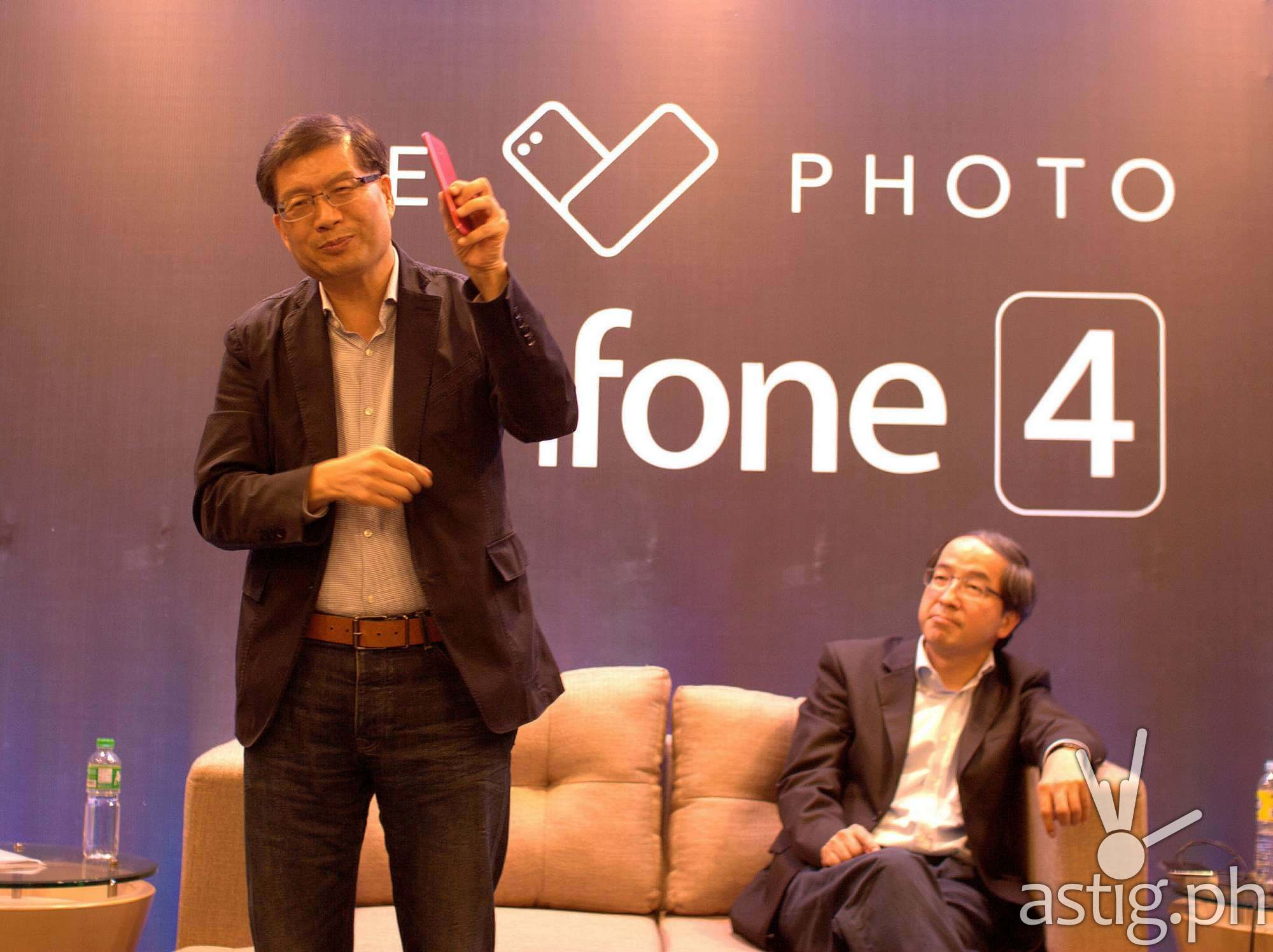 ASUS CEO Jerry Shen at the launch of the Zenfone 4