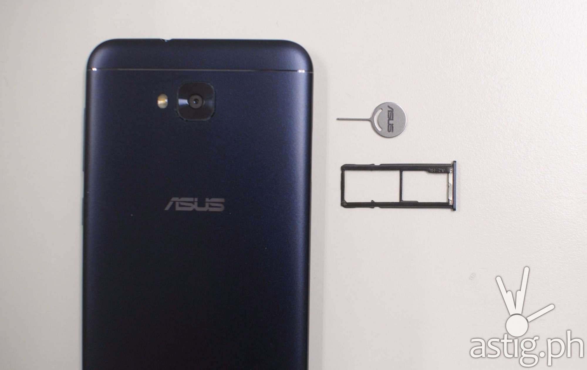 ASUS Zenfone 4 Selfie Dual SIM and MicroSD tray