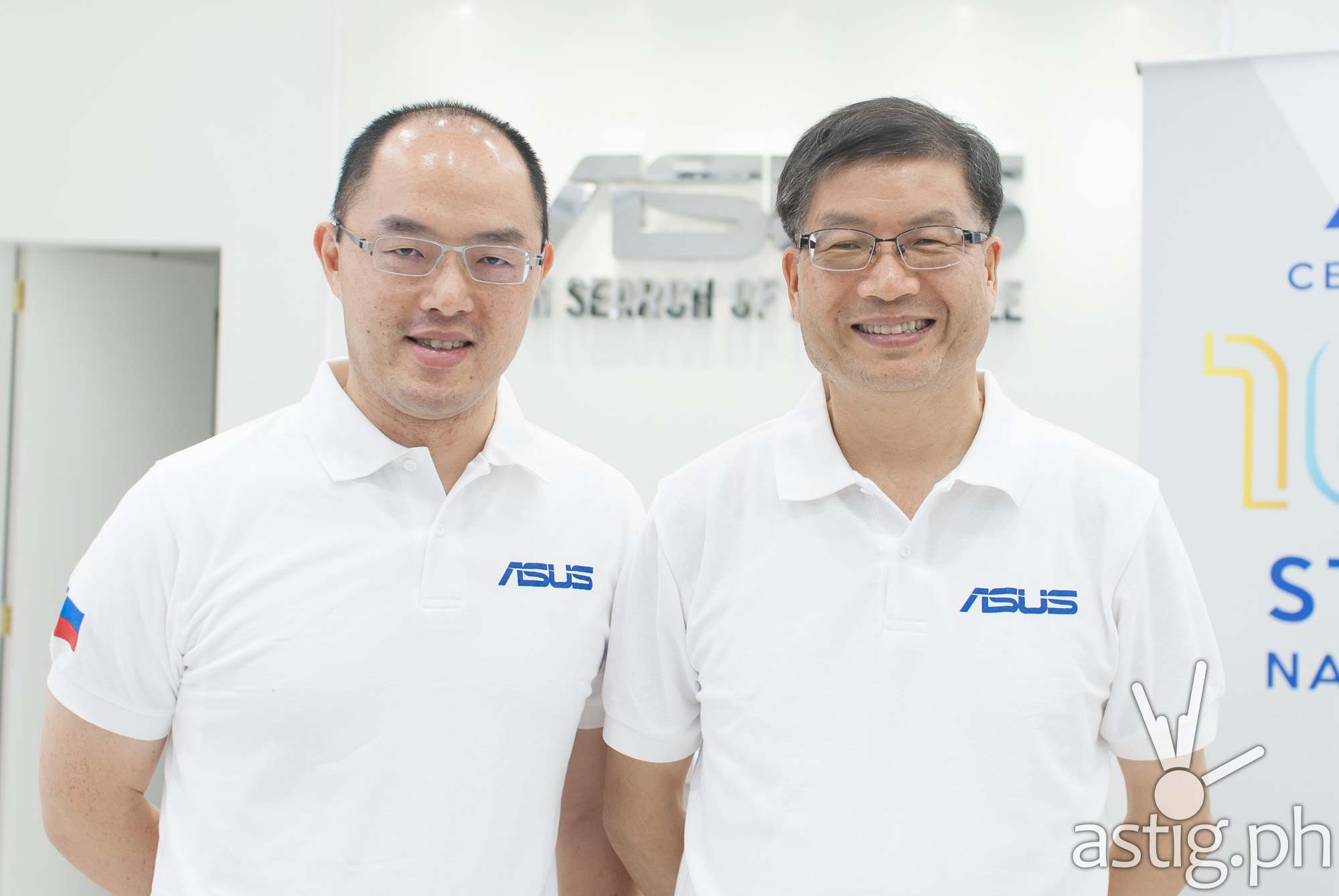 ASUS Philippines Country Manager George Su with ASUS Global CEO Jerry Shen