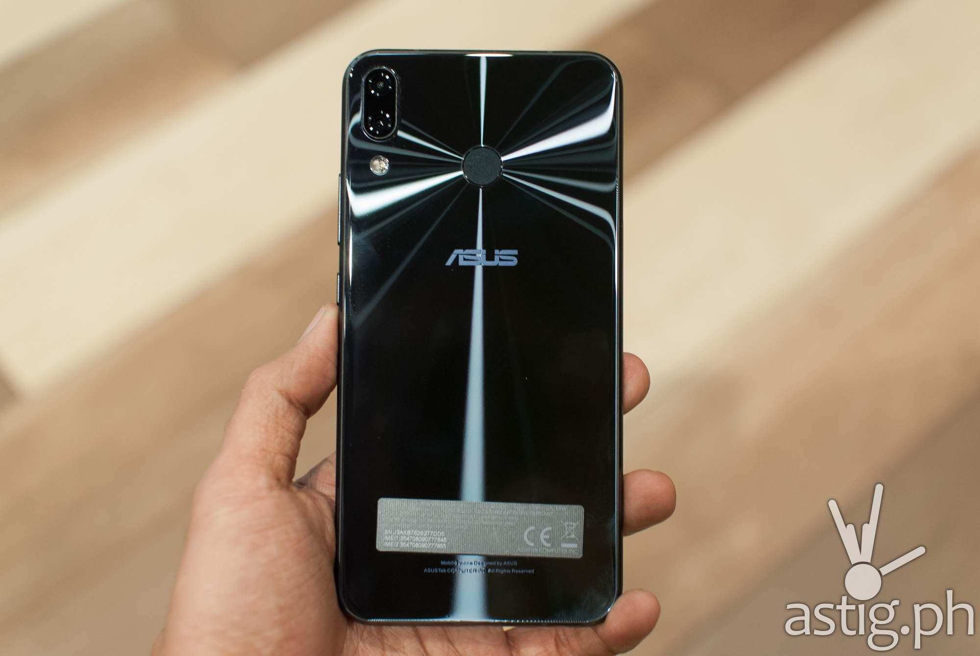 ASUS Zenfone 5 handheld back