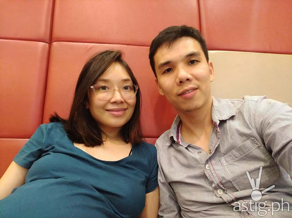 Selfie photo using regular lens - ASUS Zenfone 5Q / Zenfone 5 Lite