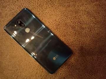 LG G7 ThinQ back