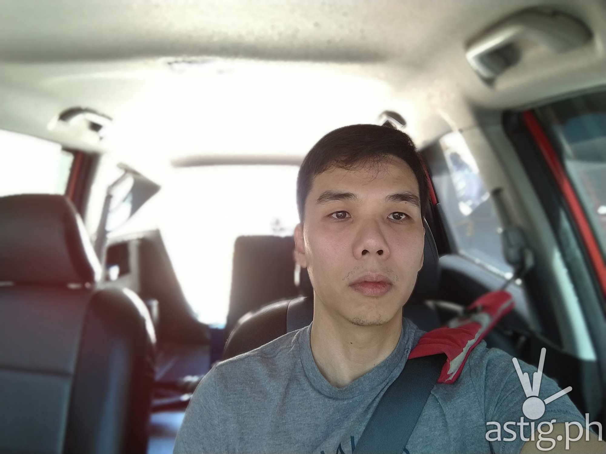 Selfie daylight - ASUS Zenfone Max Pro M1 sample photo