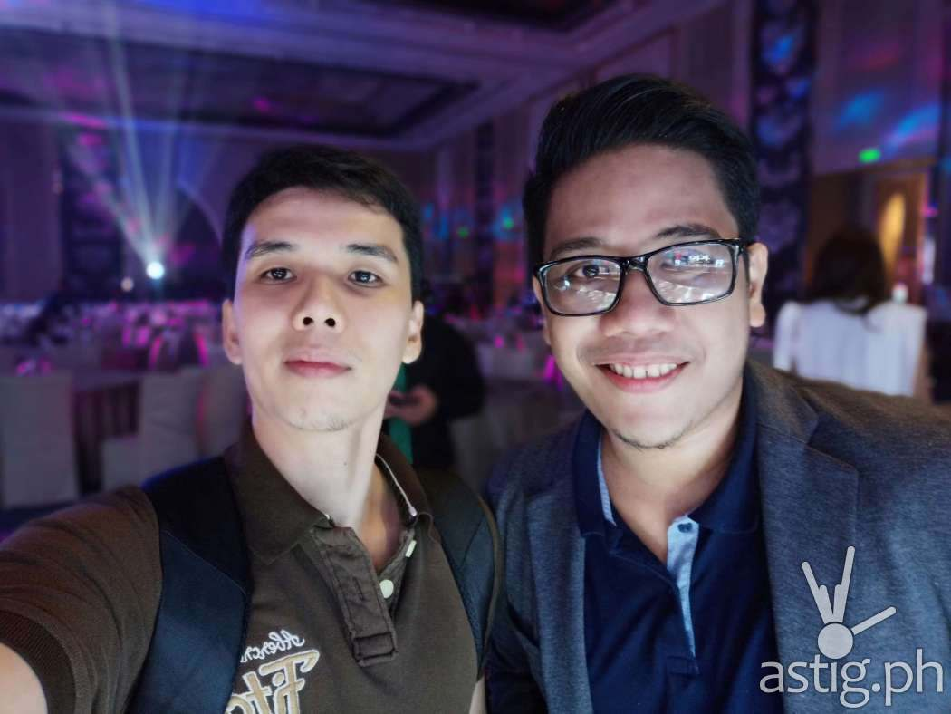 Selfie - OPPO F9 sample photo ... featuring Mark Macanas of TechPinas!