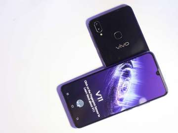 Vivo V11 and Vivo V11i at the Philippine launch
