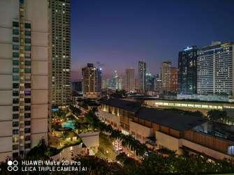 Huawei Mate 20 Pro sample photo - cityscape night mode ultrawide
