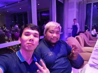 Huawei Mate 20 Pro sample photo - selfie