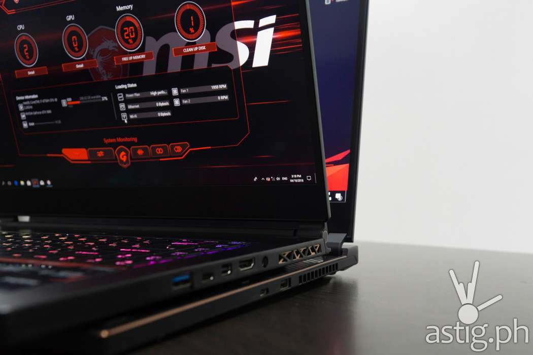 ROG Zephyrus S vs MSI GS65 Stealth Thin 8RF - IO ports
