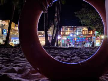 Night shot - Boracay Philippines re-opening smartphone photo taken on an ASUS ZenFone 5 by Den Uy of TechKuya