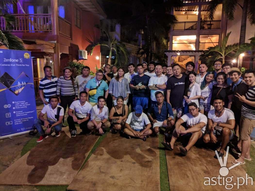 PixelMaster master class group photo at Boracay opening taken on ZenFone 5 by Den Uy of TechKuya