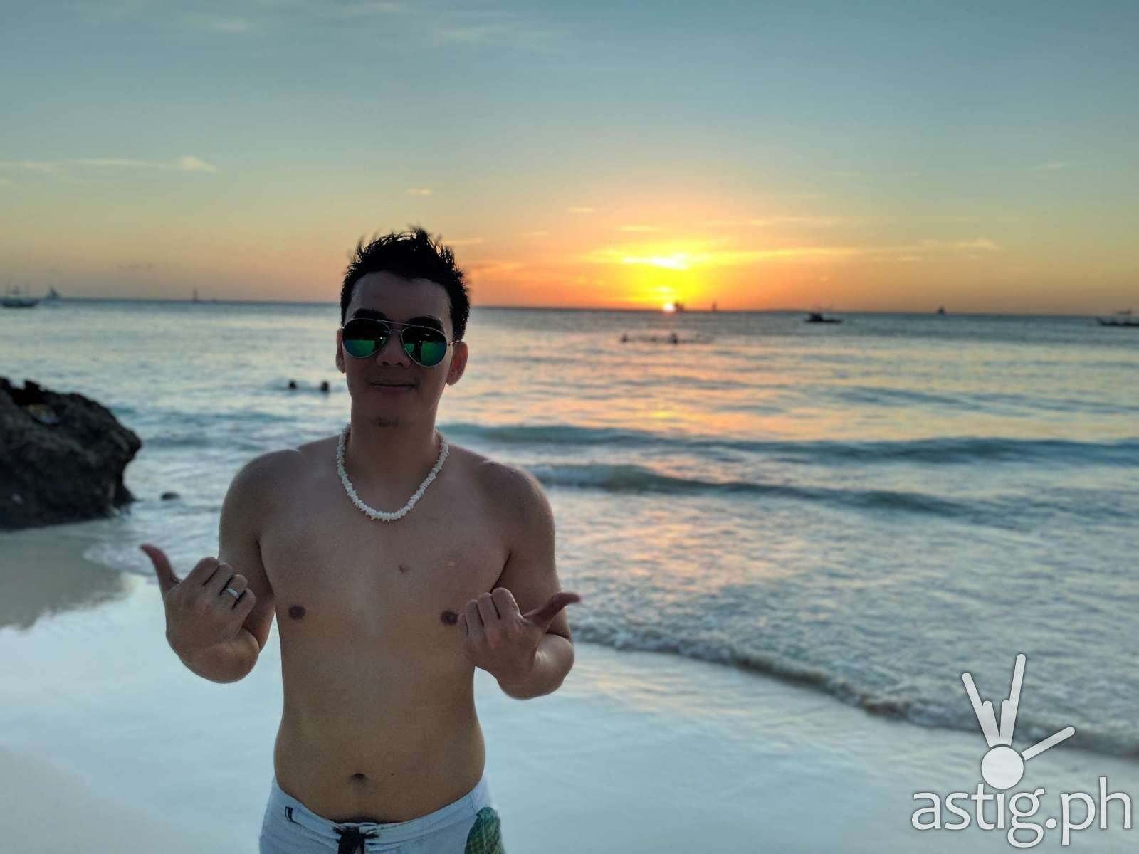 Sunset - Boracay Philippines re-opening smartphone photo - ASUS ZenFone 5 by Den Uy of TechKuya