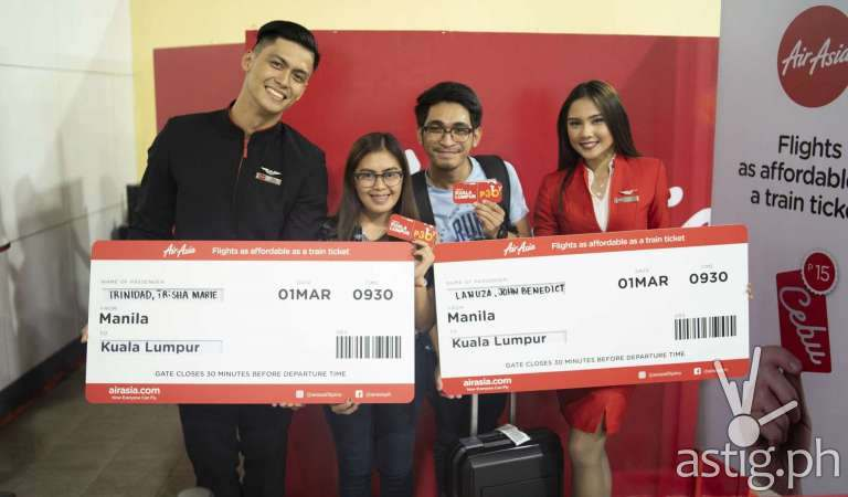 AirAsia just gave away 15-peso flight tickets at MRT Ayala Station