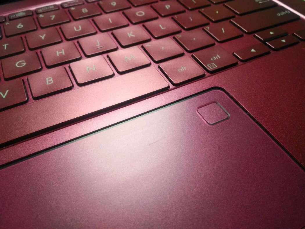 Keyboard, Mousepad and fingerprint scanner