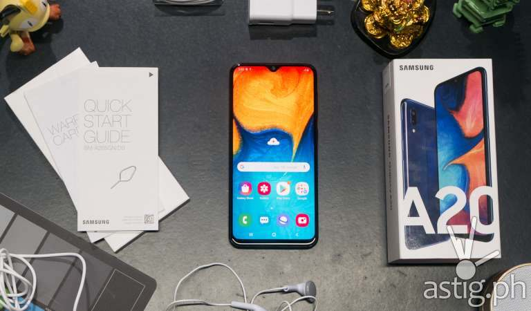 Samsung Galaxy A20: It just keeps going, and going, and going … [review]