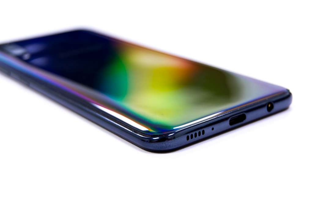Back corner - Samsung Galaxy A50 (Philippines)