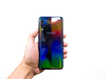 Back handheld - Samsung Galaxy A50 (Philippines)