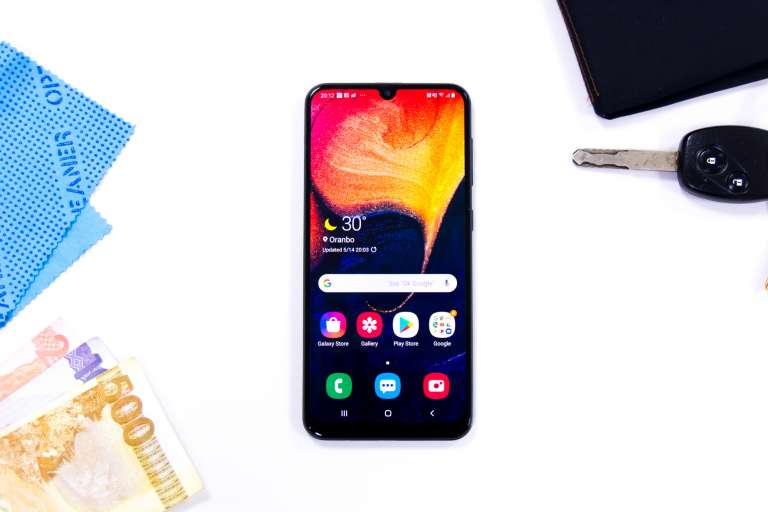 Front flatlay - Samsung Galaxy A50 (Philippines)