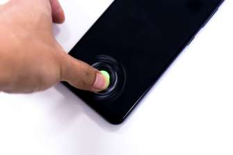 In-display fingerprint scanner - Samsung Galaxy A50 (Philippines)