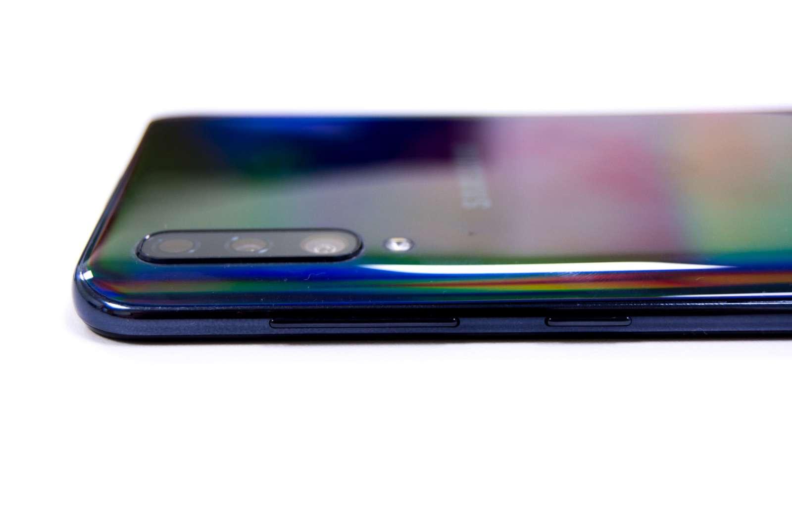 Side volume power - Samsung Galaxy A50 (Philippines)