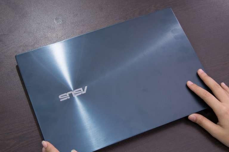 Front - ASUS ZenBook Duo (Philippines)