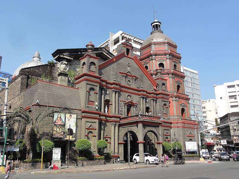 Binondo Church (Photo by Patrick Roque on Wikimedia Commons)