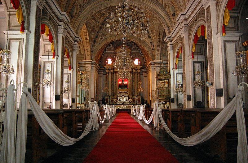 San Agustin Church (Photo by bigberto on Wikimedia Commons)