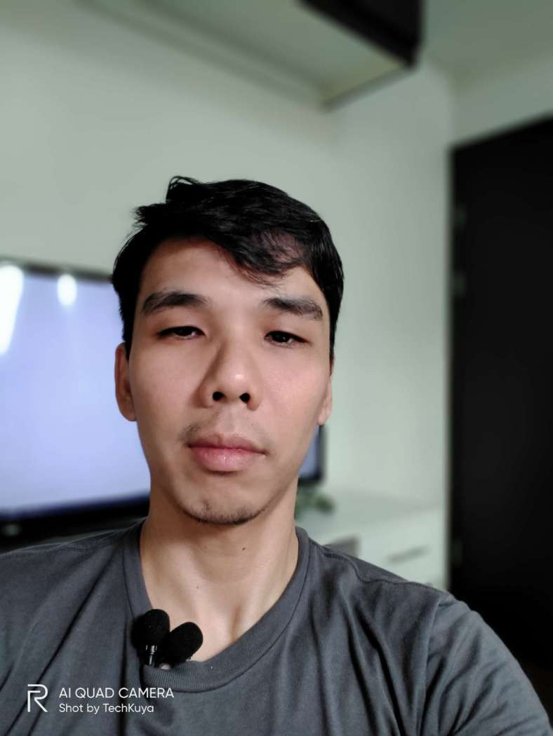Selfie (front camera) - Realme 5i
