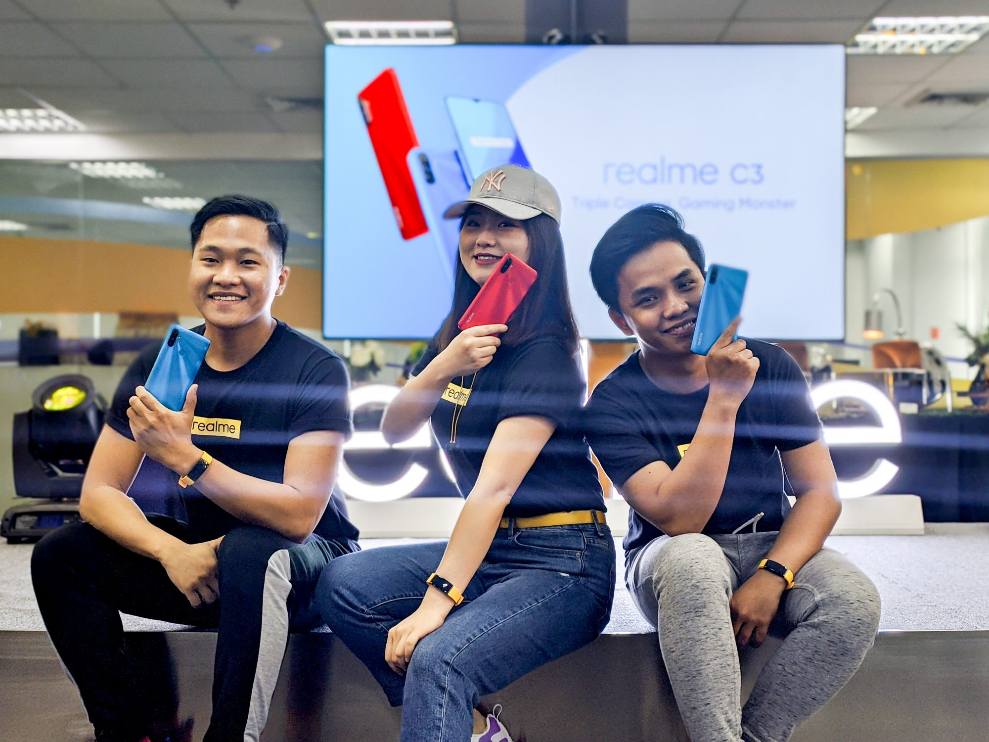 Eason de Guzman, Austine Huang, and Anthony So at the realme C3 launch in the Philippines