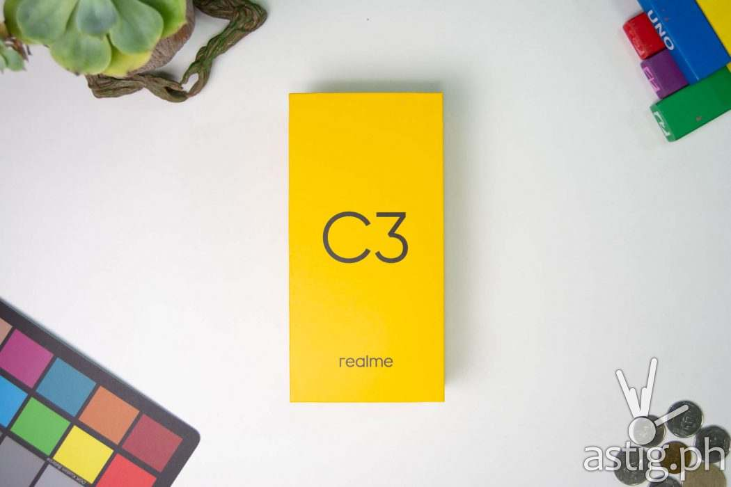Box flatlay - Realme C3 Philippines