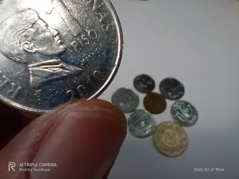 Coins (macro camera) - realme C3 sample photo (Philippines)
