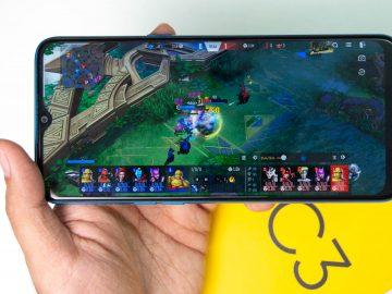 Gaming closeup (Marvel Super War) - Realme C3 Philippines