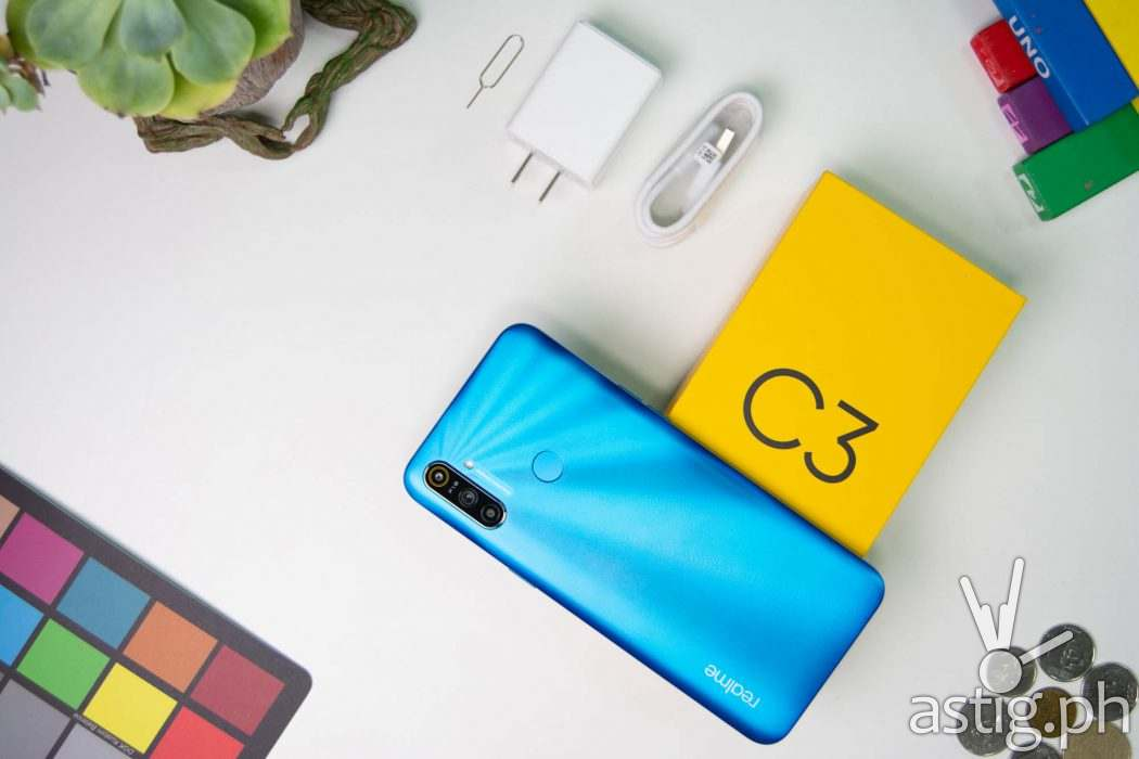 Unboxing flatlay - Realme C3 Philippines