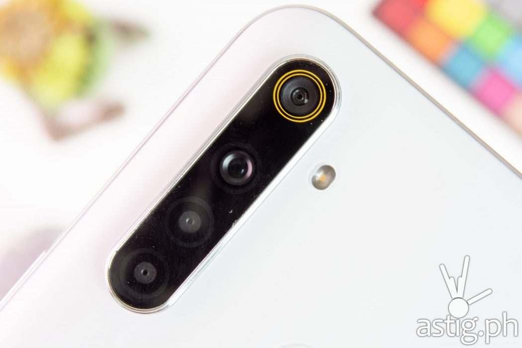 Quad-camera module close-up - realme 6i (Philippines)