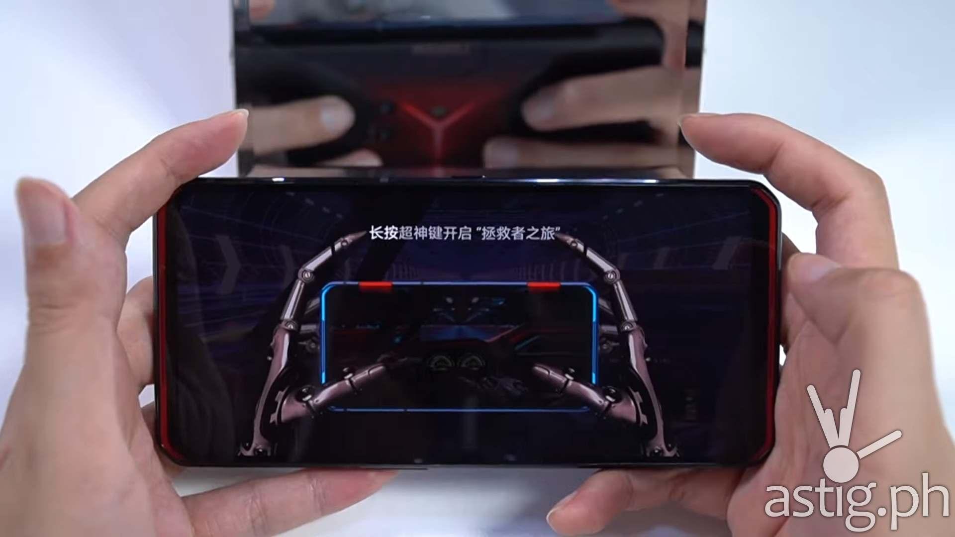 Front handheld - Lenovo Legion Phone Duel gaming smartphone
