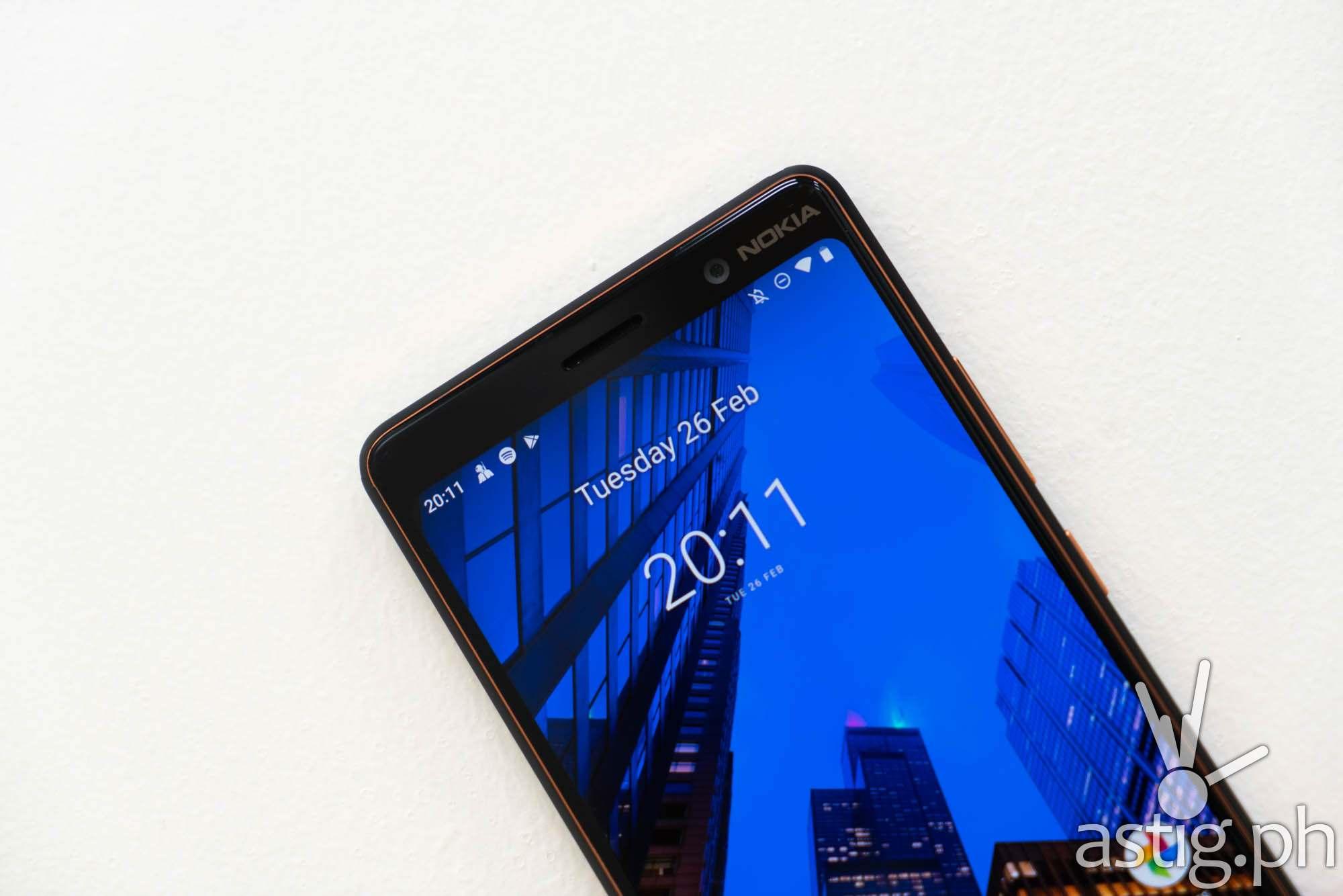 Front (selfie) camera - Nokia 7 Plus (Philippines)