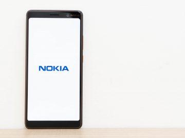Nokia logo standing - Nokia 7 Plus (Philippines)