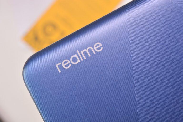 Realme logo on Marine Blue - Realme C15 (Philippines)