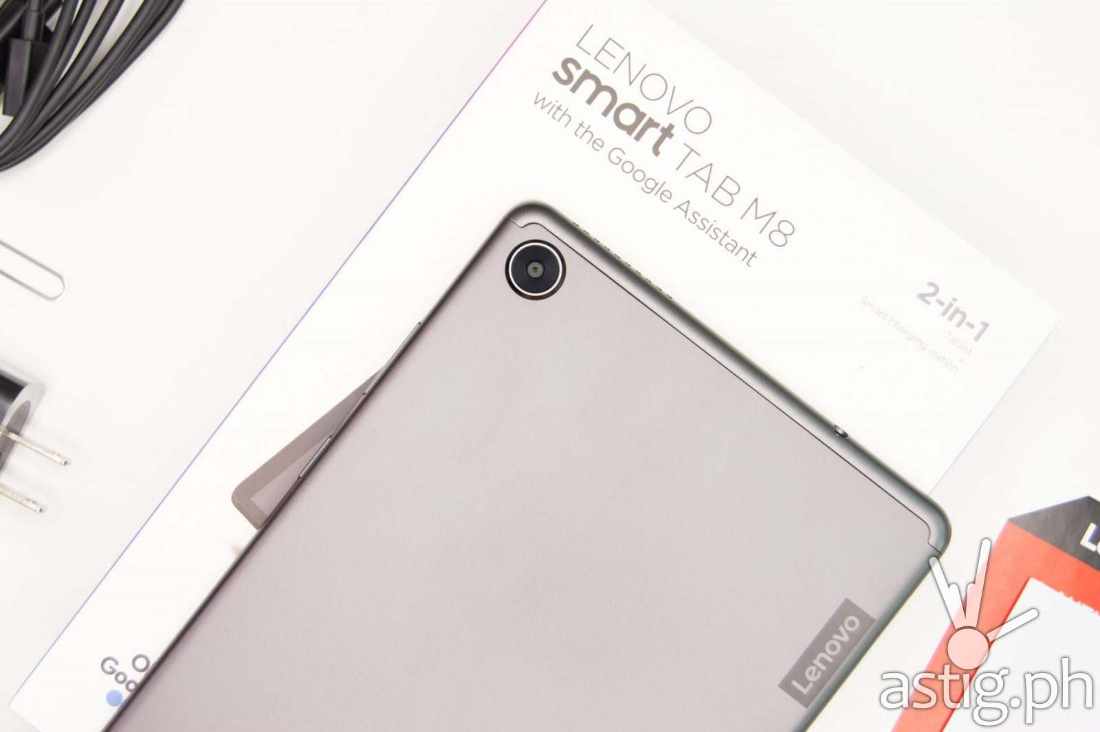 Back on box - Lenovo Smart Tab M8 (Philippines)