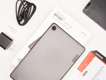 Back unboxed - Lenovo Smart Tab M8 (Philippines)