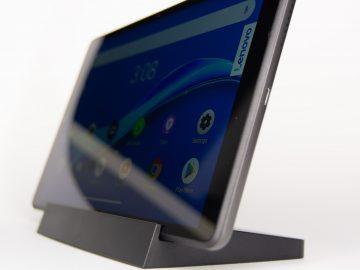 Docked - Lenovo Smart Tab M8 (Philippines)