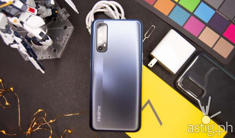 realme 7 review: It's all about the camera