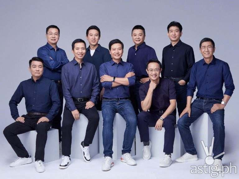 Xiaomi founder Lei Jun and team