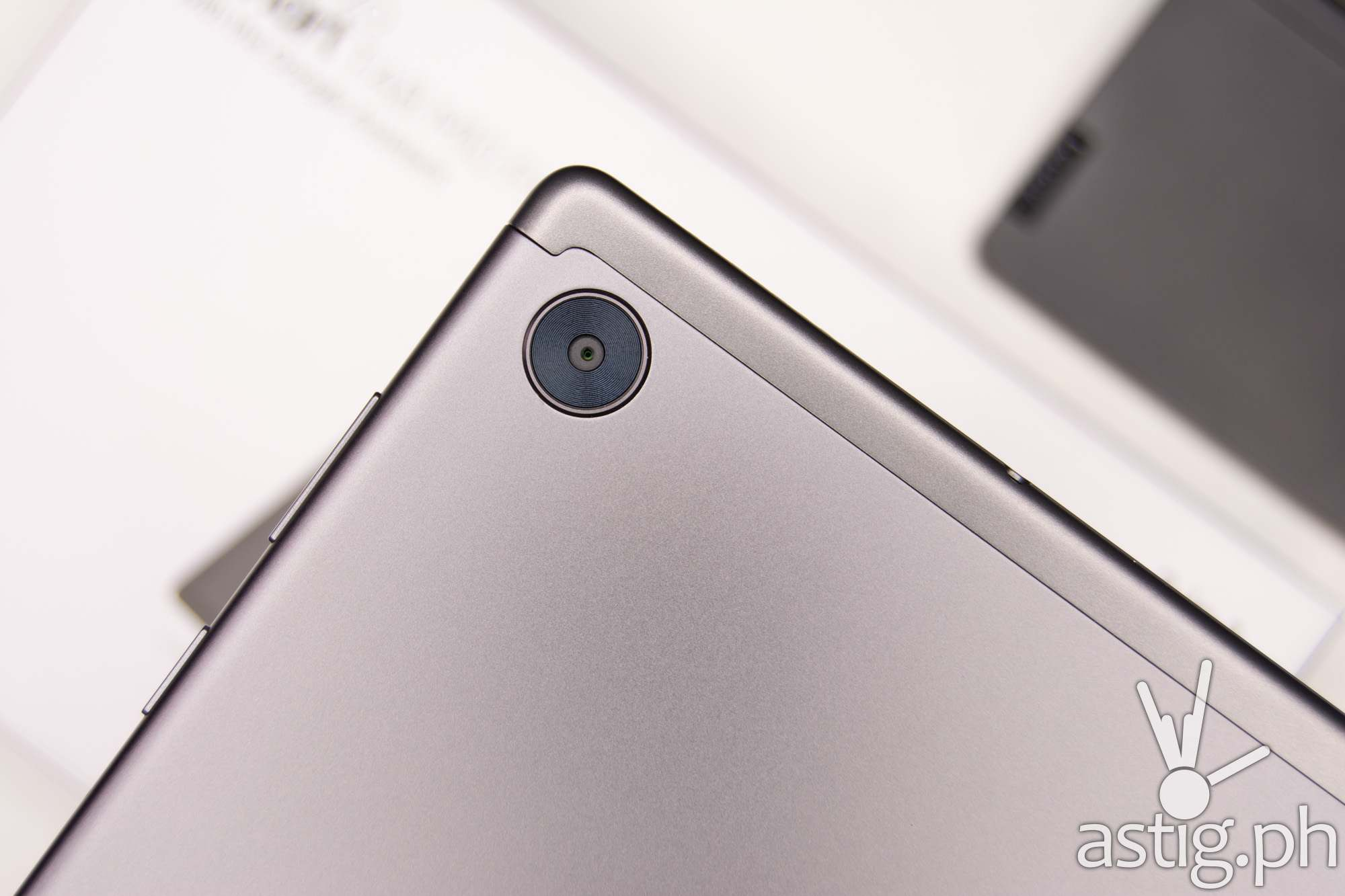 8MP rear camera - Lenovo Smart Tab M10 FHD Plus (Philippines)