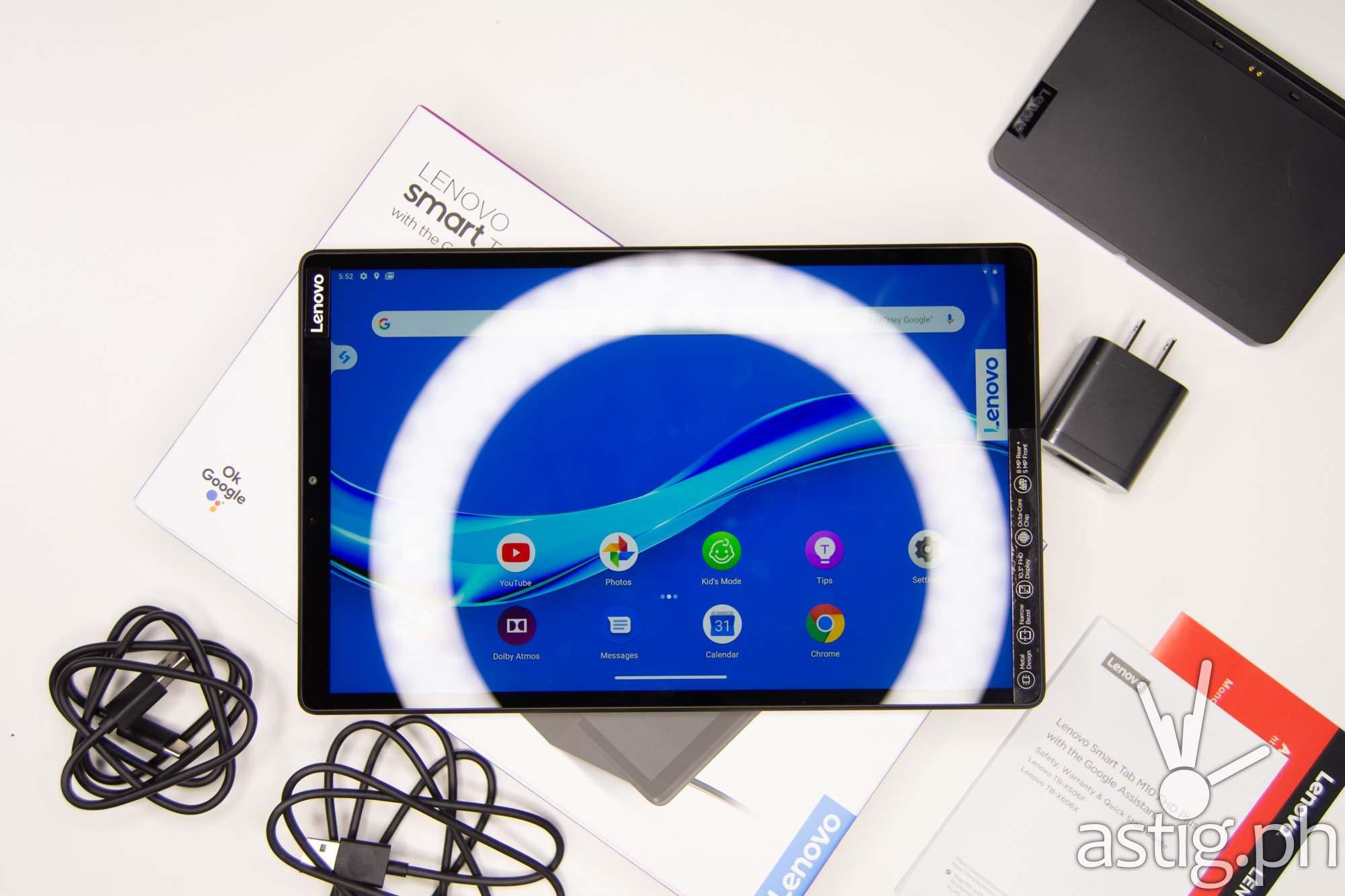 Flatlay landscape - Lenovo Smart Tab M10 FHD Plus (Philippines)